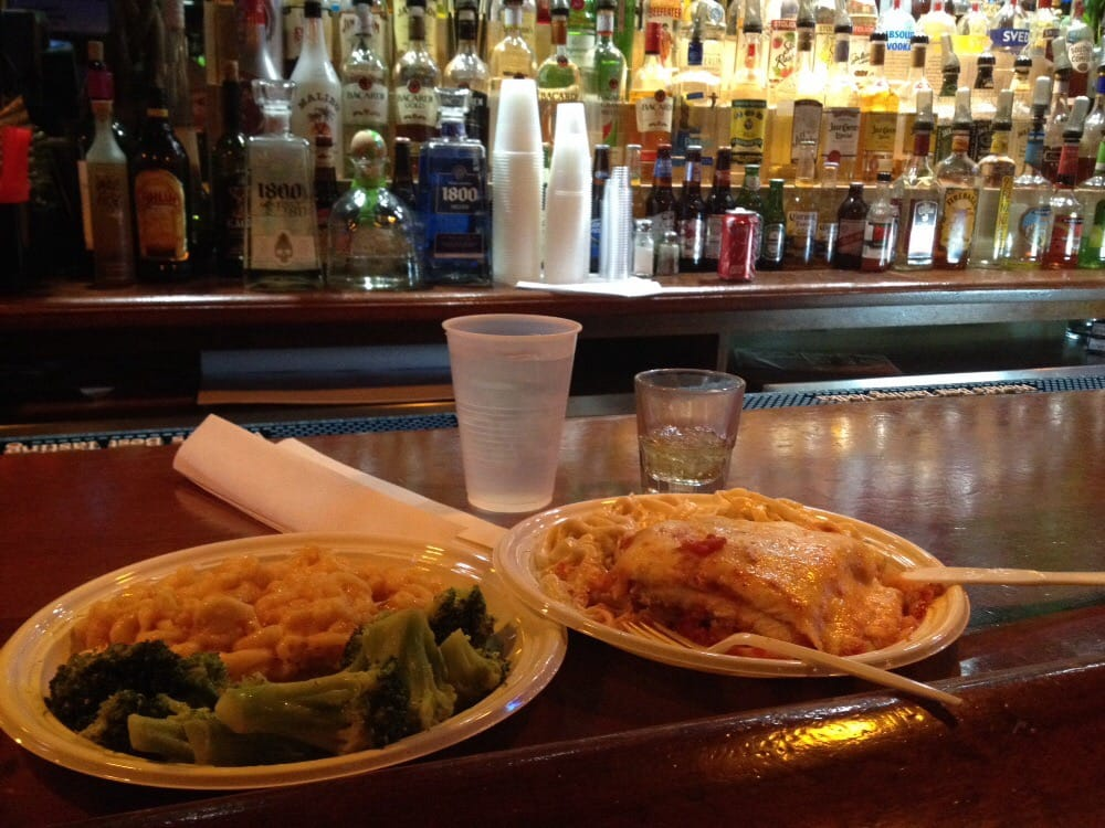 New heights bar grill order food online 11 photos for Food bar in cahaba heights