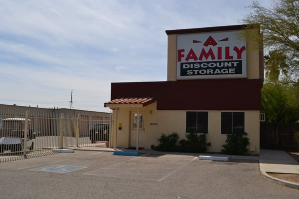 Incroyable A Family Discount Storage 1747 S Swan Rd Tucson, AZ Warehouses Self Storage    MapQuest