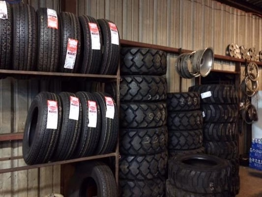 Tire Shops Near Me Open On Sunday >> Villasenor Tire Shop 8545 Us Highway 281 N Spring Branch Tx