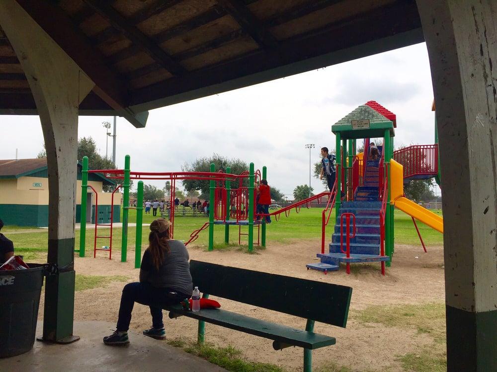 Weslaco City Park: 300 North Airport Dr, Weslaco, TX