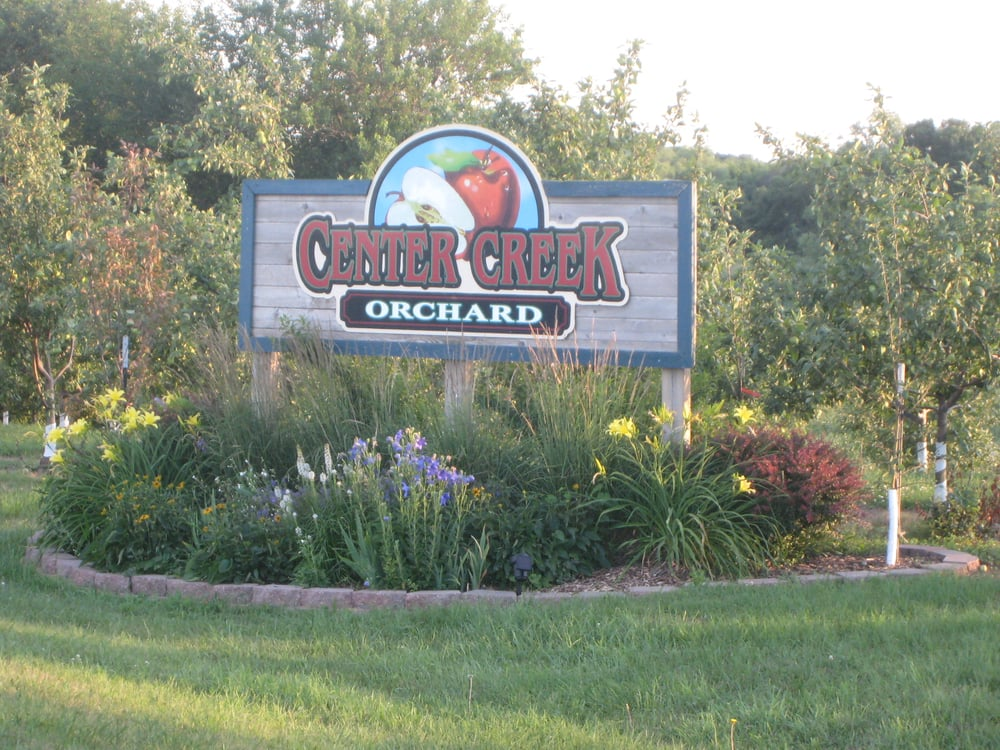 Center Creek Orchard: 633 254th Ave, Fairmont, MN