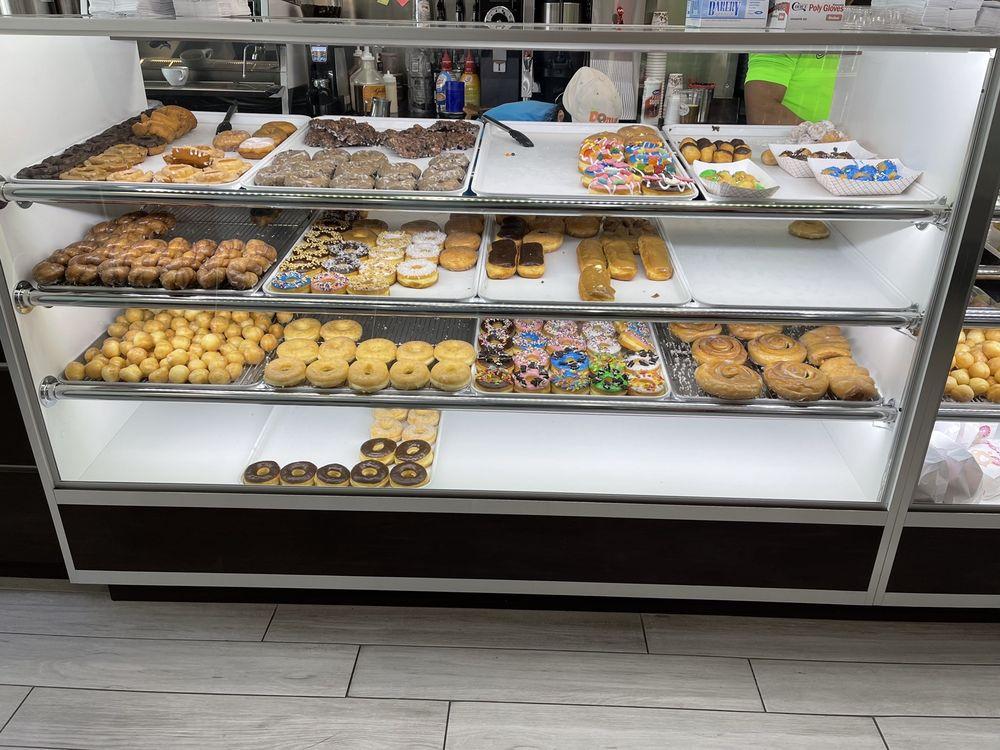 Dear Donut Man - Manvel: 19433 Morris Ave, Manvel, TX
