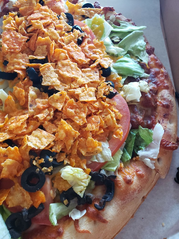 D & E's Lakeside Pizza and Subs: 9661 Renee Ave, Plattsmouth, NE