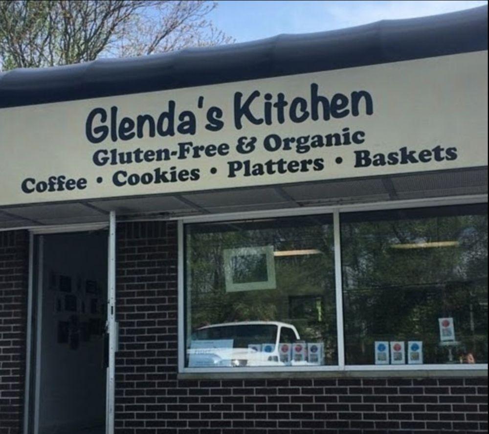 Glenda's Kitchen: 864 State Rte 36, Leonardo, NJ