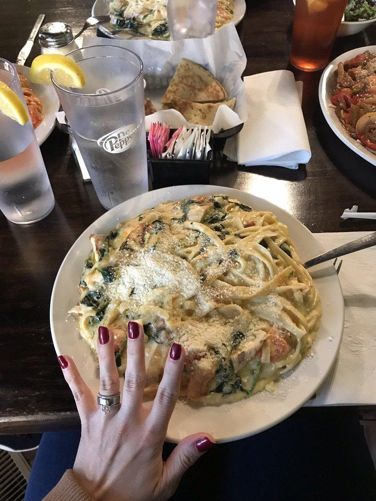 Nikos Family Restaurant: 24 Main St, Grantville, GA
