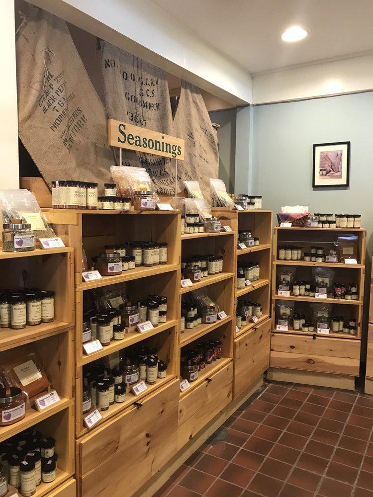 Penzey's Spices: 1293 Massachusetts Ave, Arlington, MA