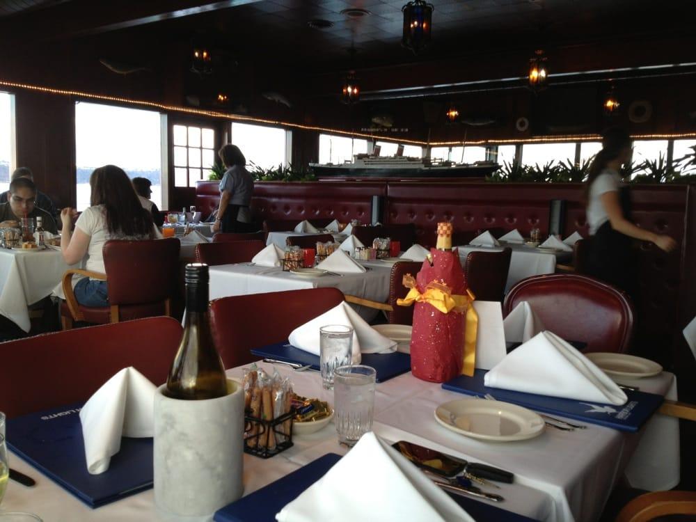 harbor lights 77 photos 176 reviews seafood 2761. Black Bedroom Furniture Sets. Home Design Ideas