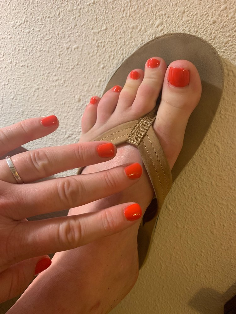 Dream Nail Spa: 20350 Summerlin Rd, Fort Myers, FL