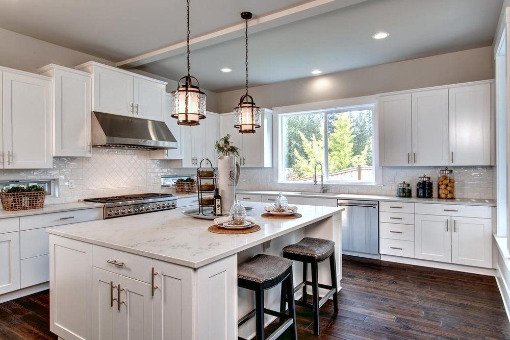 American Classic Homes: 9675 SE 36th St, Mercer Island, WA