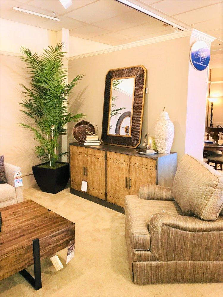 Horton's Furniture: 10915 W Kellogg St, Wichita, KS