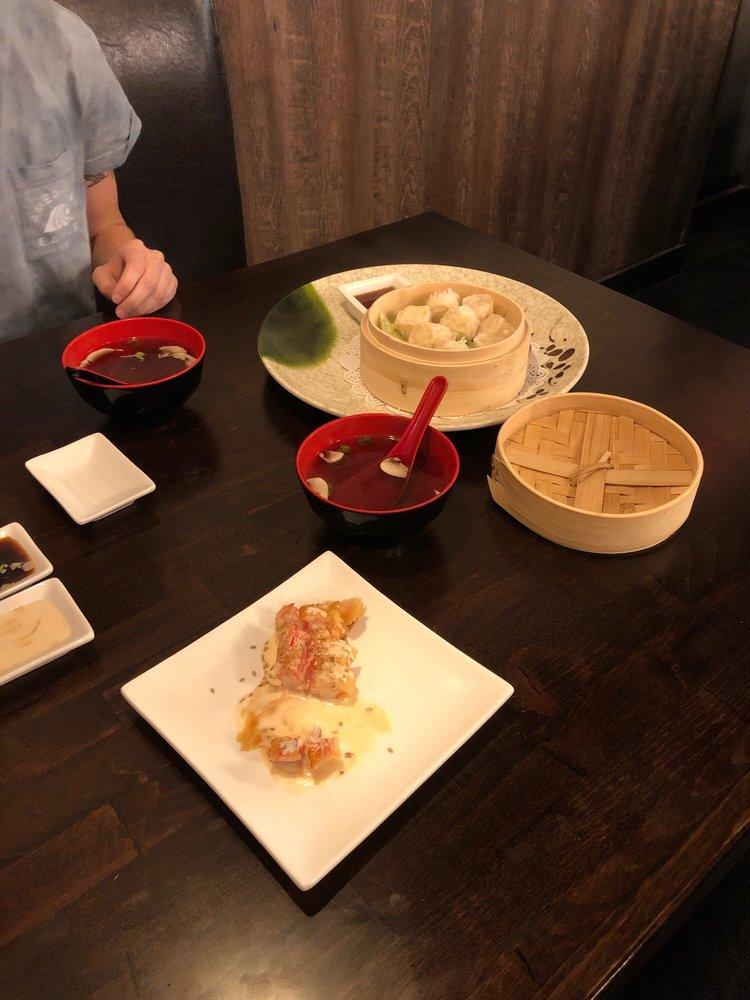 Sushi Q5 Westminster: 250 Englar Rd, Westminster, MD