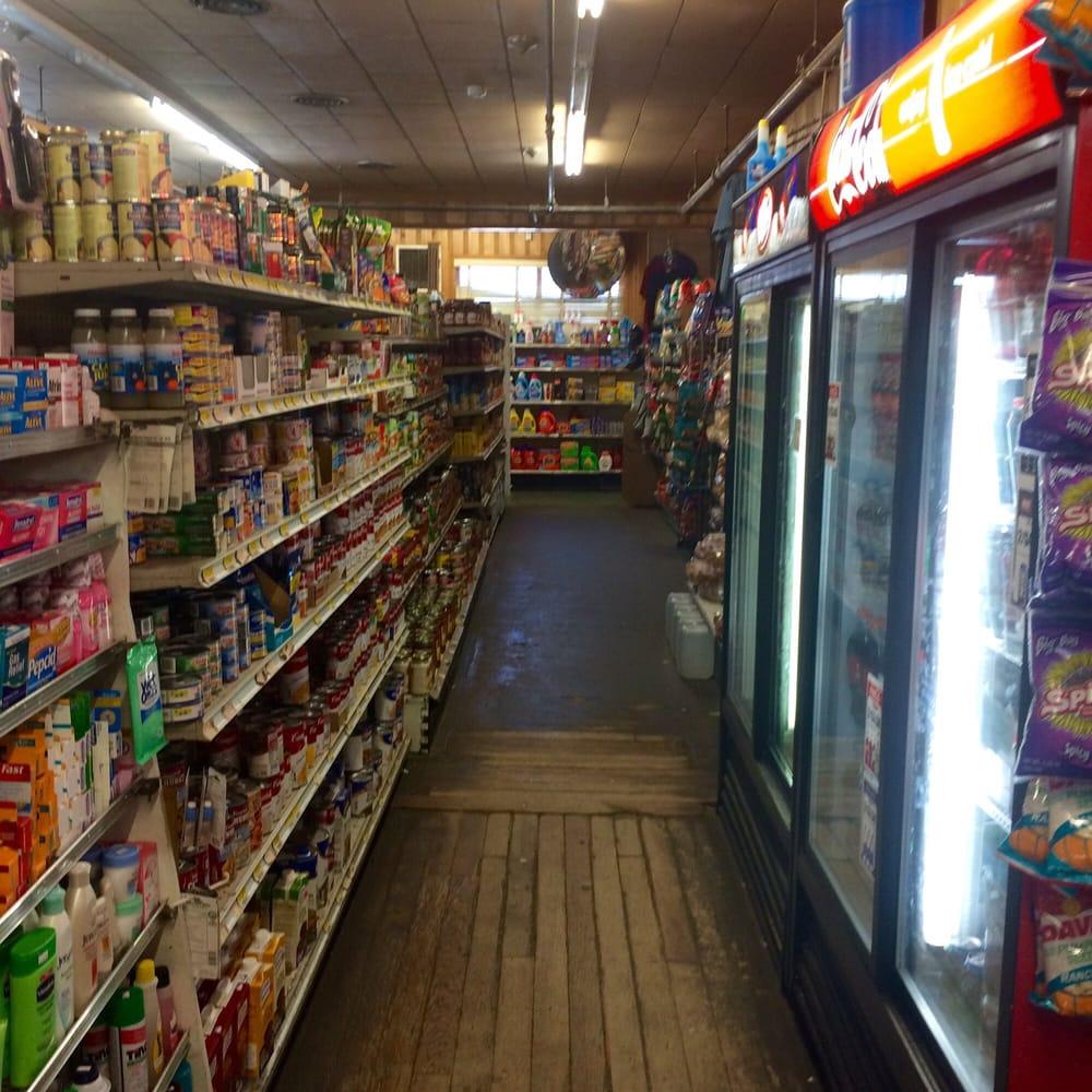 Graeagle Store: 7386 Hwy 89, Blairsden-Graeagle, CA