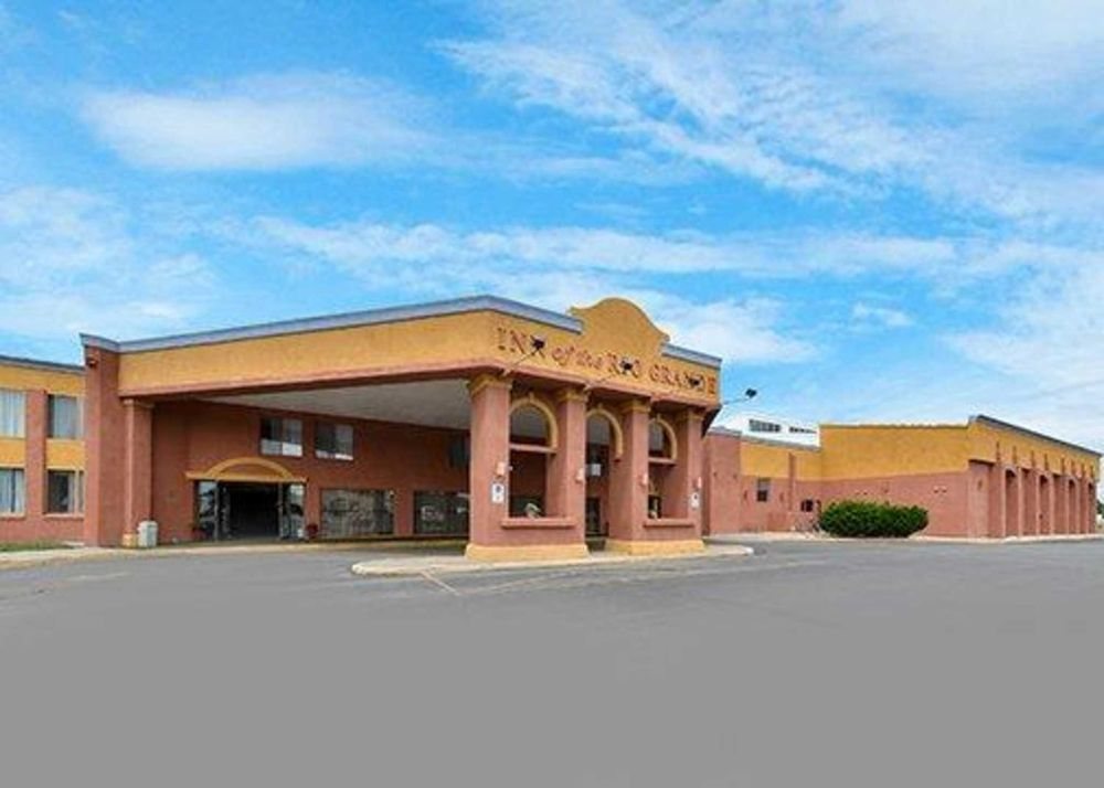 Rodeway Inn: 333 Santa Fe Ave, Alamosa, CO