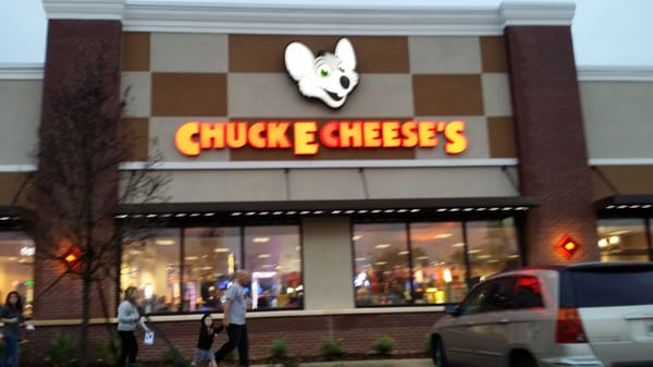 From Our Editors Located in Port Orange, Chuck E Cheese's' pizza features homemade tomato sauce and freshly grated cheese. Casual clothing is the name of the game at Chuck E Cheese's, where suits and ties won't be spotted for anatomi.gaon: South Williamson Boulevard, Port Orange, , FL.