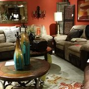 Consign Design Showplace Furniture S 2088 Mcculloch Blvd