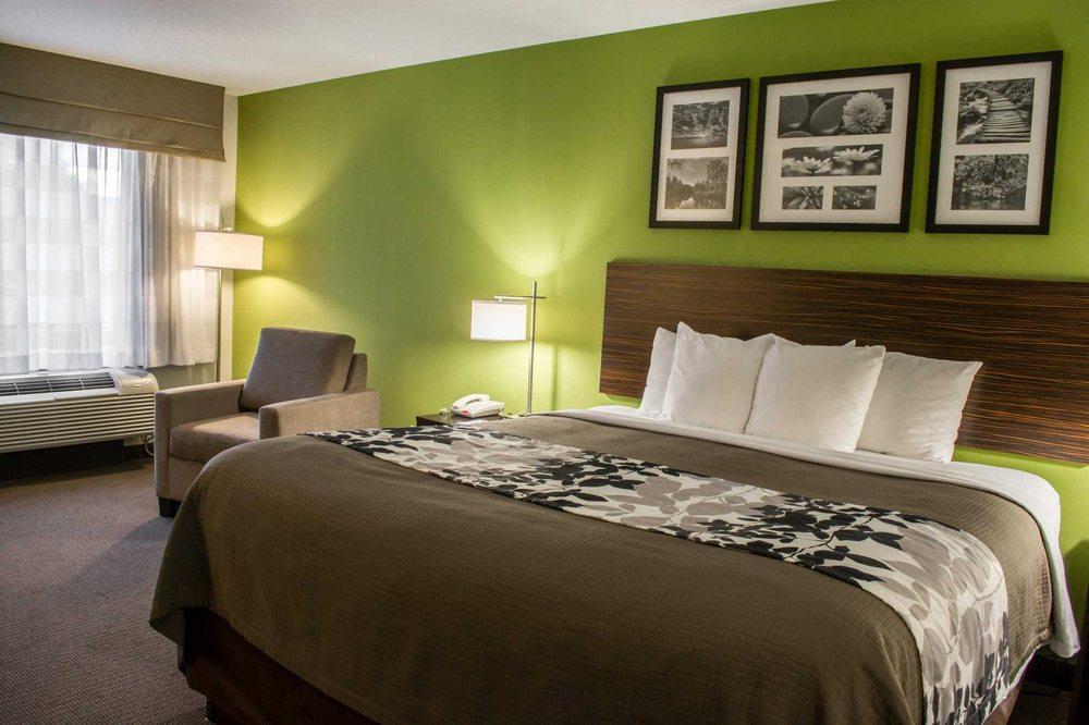 Sleep Inn & Suites Harbour Pointe: 6451 Bayside Lane, Midlothian, VA