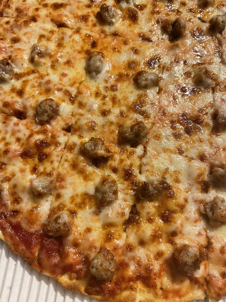 Joe's Pizza: 1008 S Main St, Altamont, IL