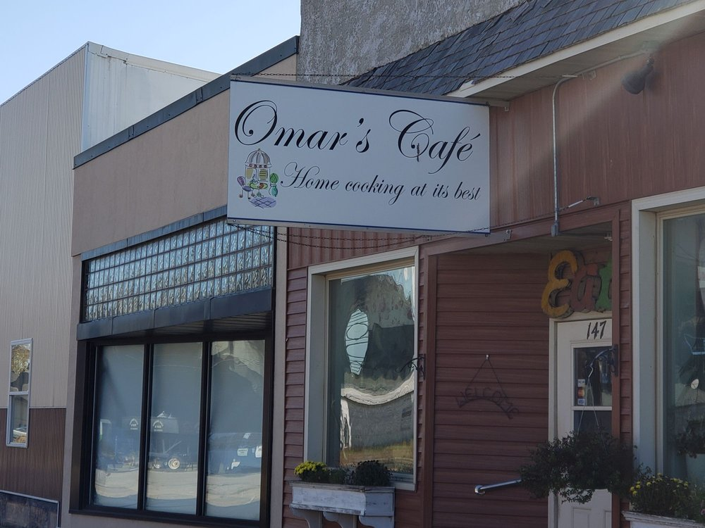 Omar's Cafe: 147 Main St, West Concord, MN