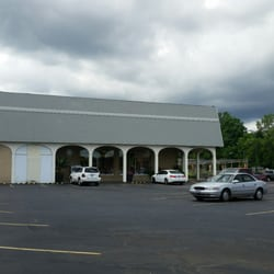 Photo Of Petitti Garden Center   Tallmadge, OH, United States. Front  Entrance Before