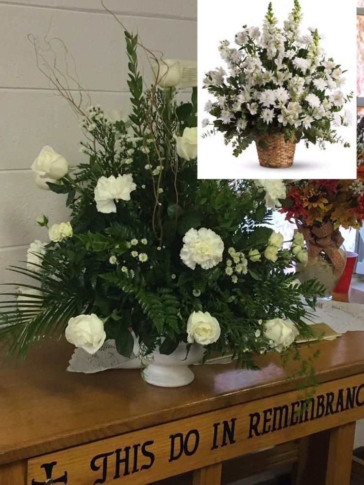 Roseann's Flowers: 4798 Jefferson Davis Hwy, Beech Island, SC