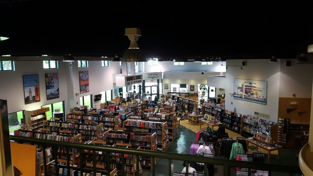 Barnes and Noble: 500 3rd St S, Saint Petersburg, FL