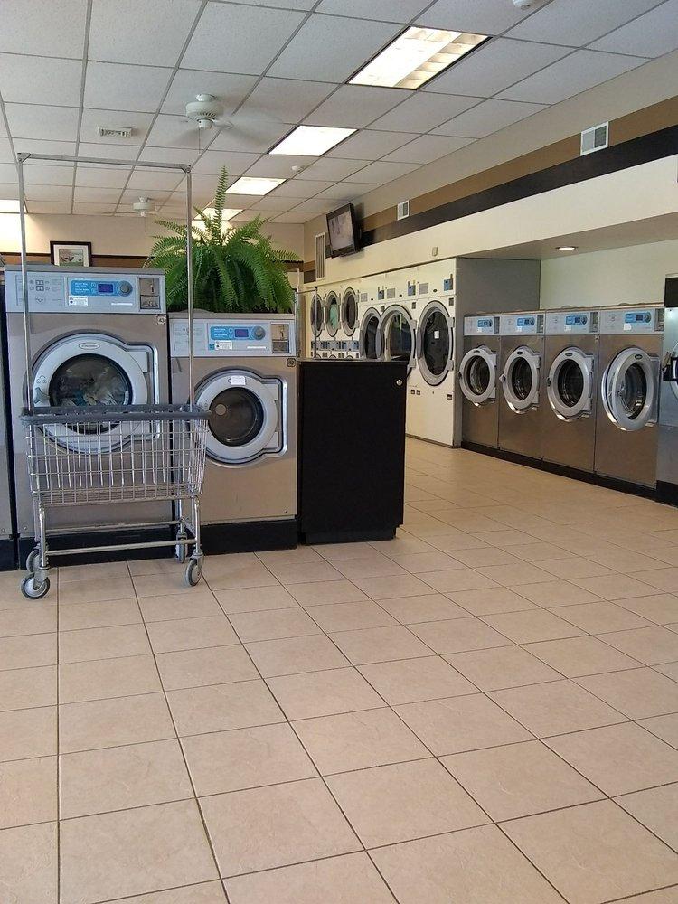 Laundry Basket: 158 Campus Dr, Cobleskill, NY
