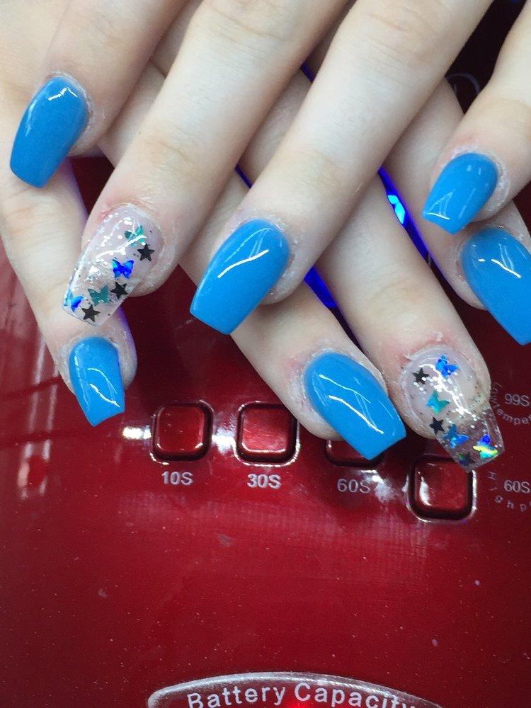 Vitamin Nails & spa: 3088 Gulf Breeze Pkwy, Gulf Breeze, FL