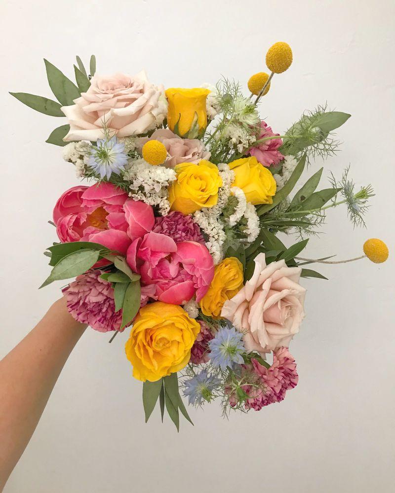 La Belle Bloom 243 Photos 89 Reviews Florists 2034 India St