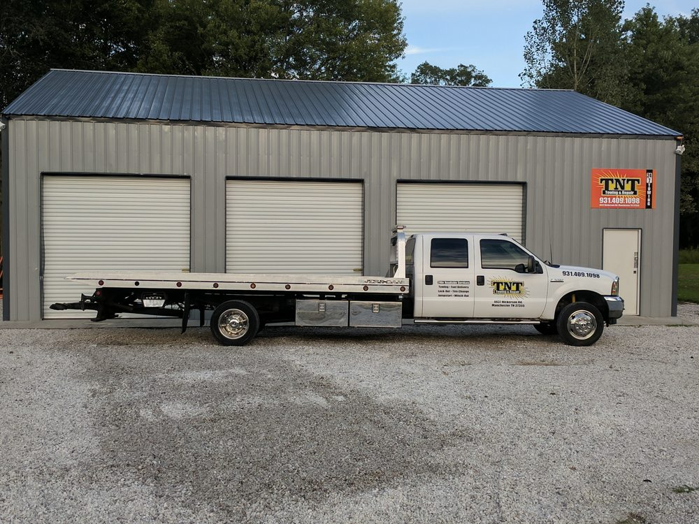 TNT Towing and Repair: 4437 Hickerson Rd, Manchester, TN