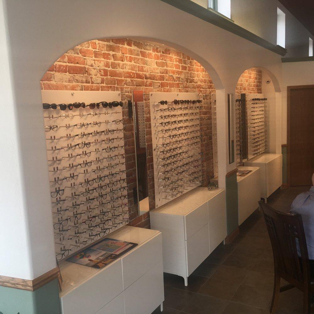 Lake Avenue Eye Care: 829 Lake Ave, Gothenburg, NE
