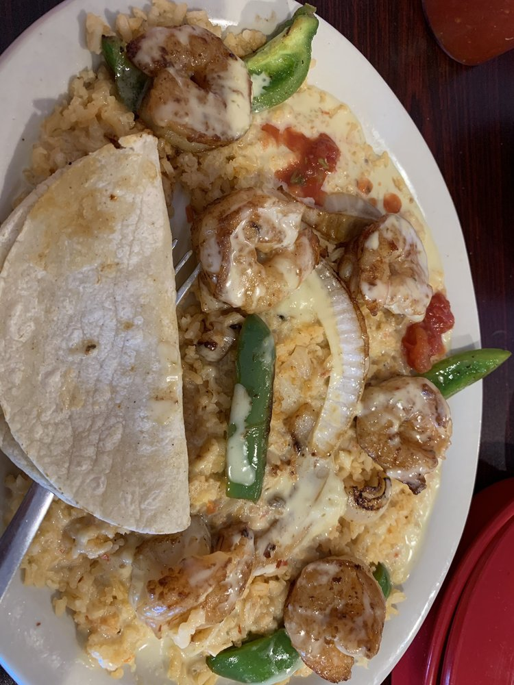 Guacamole Mexican Grill: 135 Hwy 70 E, Glenwood, AR