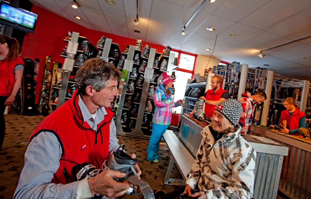 Cottam's Ski Shops: 101 Sutton Pl, Taos Ski Valley, NM