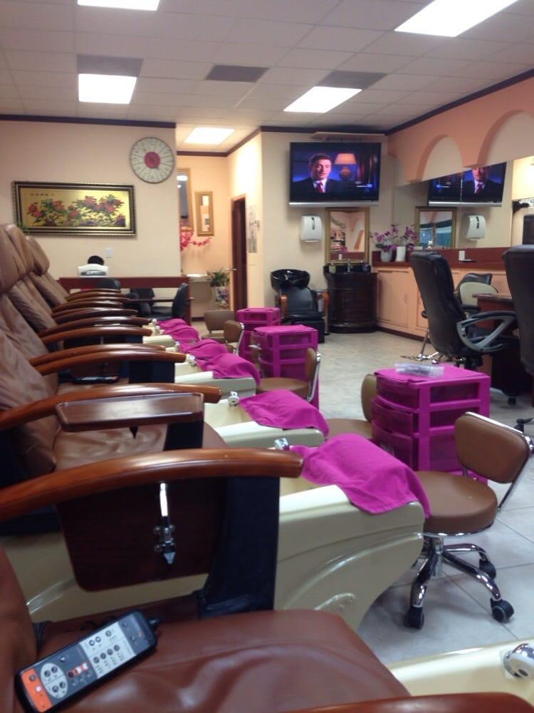Bamboo garden salon nail salons 1809 town center blvd for Salon orange