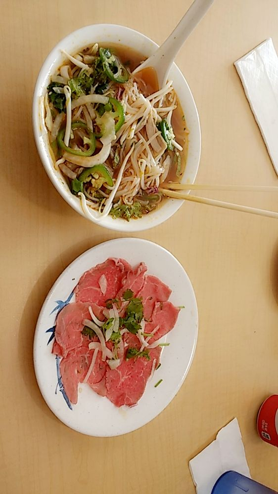 Pho Lucky Noodle House: 266 Reservation Rd, Marina, CA