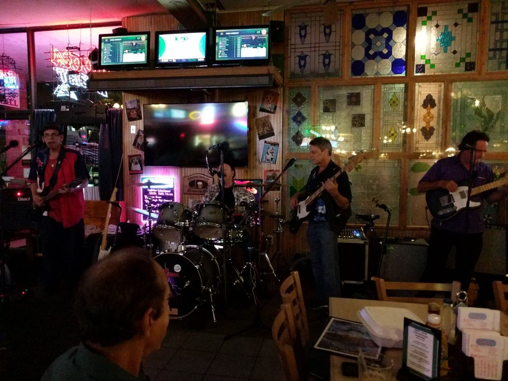 Whisker's Bar & Grill: 11070 Cathell Rd, Berlin, MD