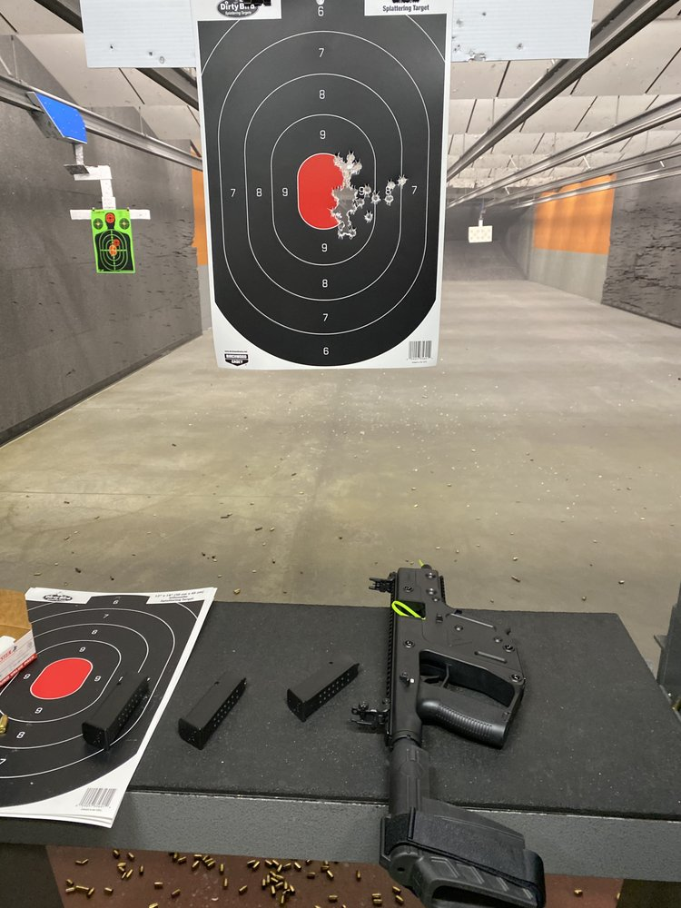 Howell's Indoor Range & Gunshop: 81 W Gray Rd, Gray, ME