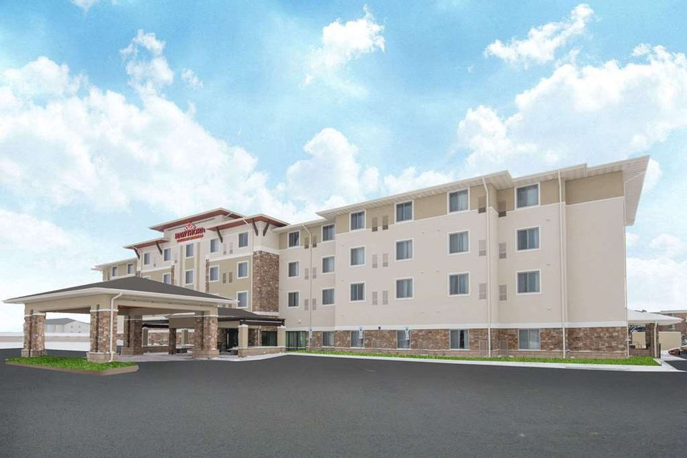 Hawthorn Suites By Wyndham Fargo: 4014 17th Ave S, Fargo, ND