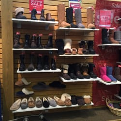 Photo Of The Walking Company   Vernon Hills, IL, United States. Uggs