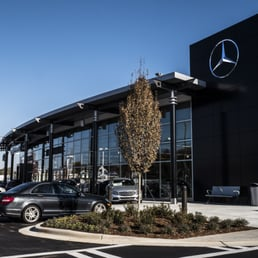 Hendrick motors of charlotte mercedes benz 32 photos for Mercedes benz charlotte nc independence