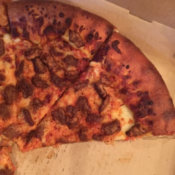 Pizza Hut - 24 Photos & 25 Reviews - Pizza - 1711 E Valley Pkwy ...