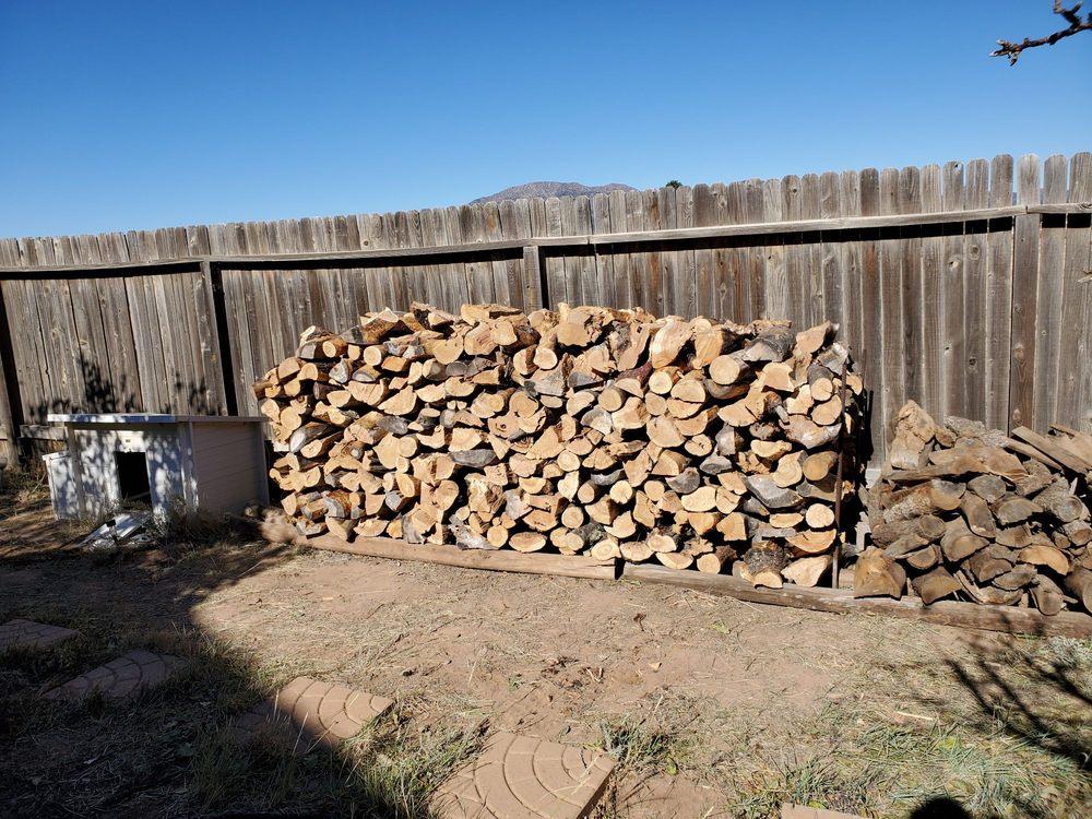 Luna Wood Yards: 11784 NM-337, Tijeras, NM