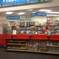 CVS Pharmacy - Farmacias - 1163 Providence Rd