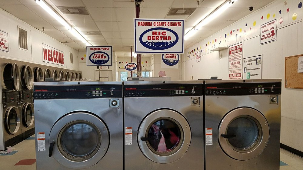Coin Laundry: 40976 US Hwy 19 N, Tarpon Springs, FL