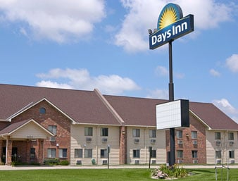 Days Inn by Wyndham Grand Island: 2620 North Diers Avenue, Grand Island, NE