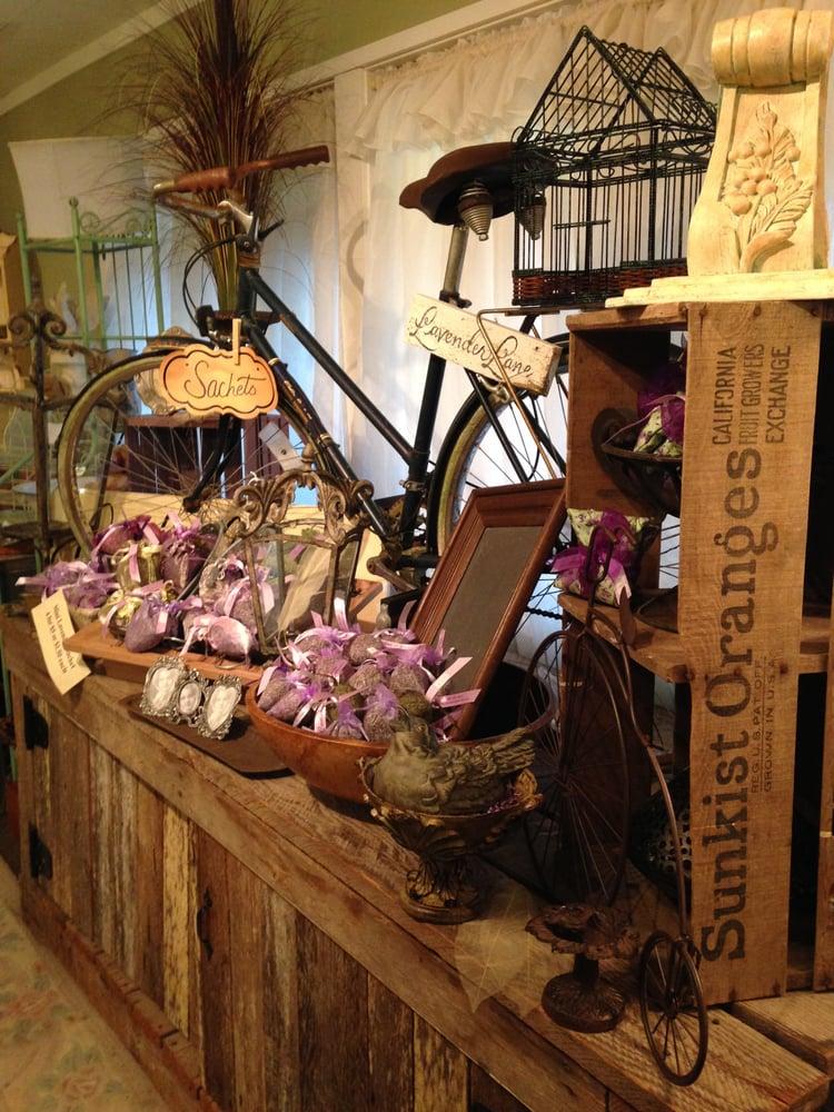 Cedarbrook Lavender and  Herb Farm: 134 1/2 W Washington St, Sequim, WA