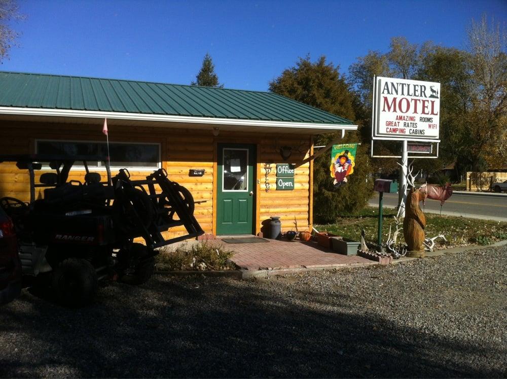 Antler Motel: 116 N 6th St, Greybull, WY