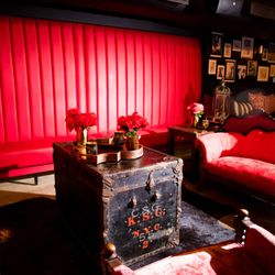 Photo Of Red Lounge Jersey City Nj United States Vintage Victorian Seating