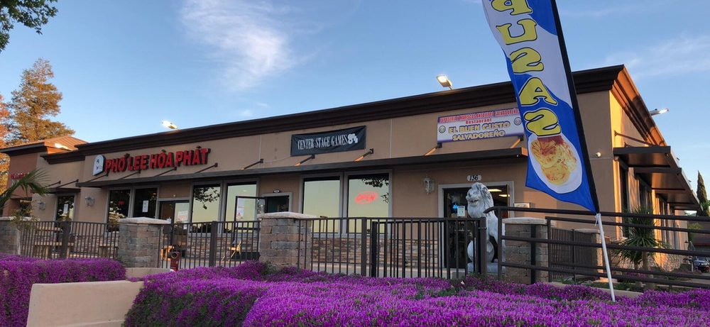 Center Stage Games: 140 E Leland Rd, Pittsburg, CA