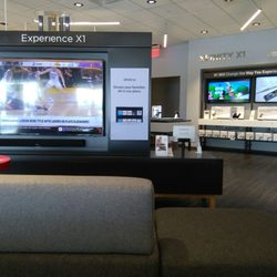 Xfinity Store by Comcast - Internet Service Providers - 5094