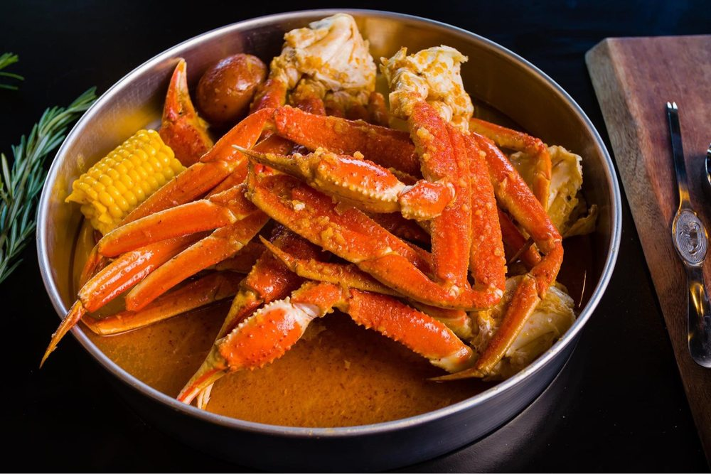 THE MONSTER CRAB: 173 Morris Ave, Holtsville, NY